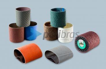 Cintas Abrasivas e Rodas de Contacto para máquinas Satinadoras. Cintas de Lixa e Surface Conditioning. Rodas Expansivas em borracha ou Vulkollan®.
