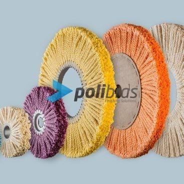 Discos e Escovas de Corda de Sisal, da categoria Polimentos, da Polibras. Centro em plástico ou em tubo metálico, com argola ou grapa metálica.